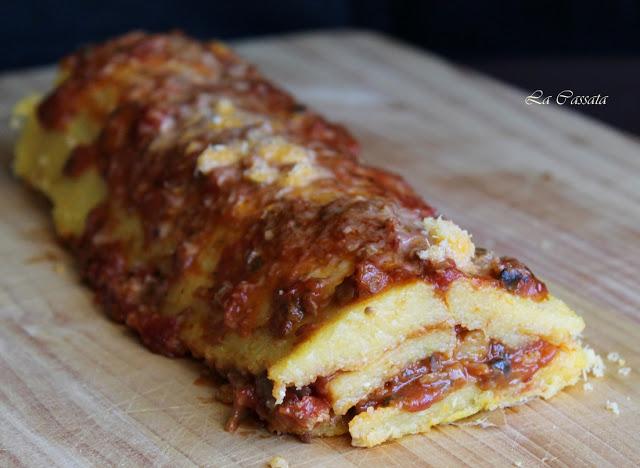 Rouleau de polenta au ragoût de cèpes et châtaignes - La Cassata Celiaca