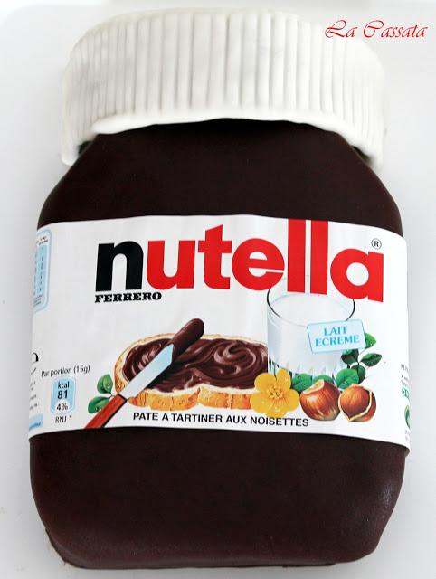 Barattolone di Nutella: una squisita torta decorata senza glutine - La Cassata Celiaca