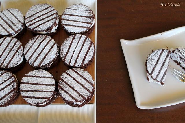 Medaglioni al cacao con panna e nutella - La Cassata Celiaca