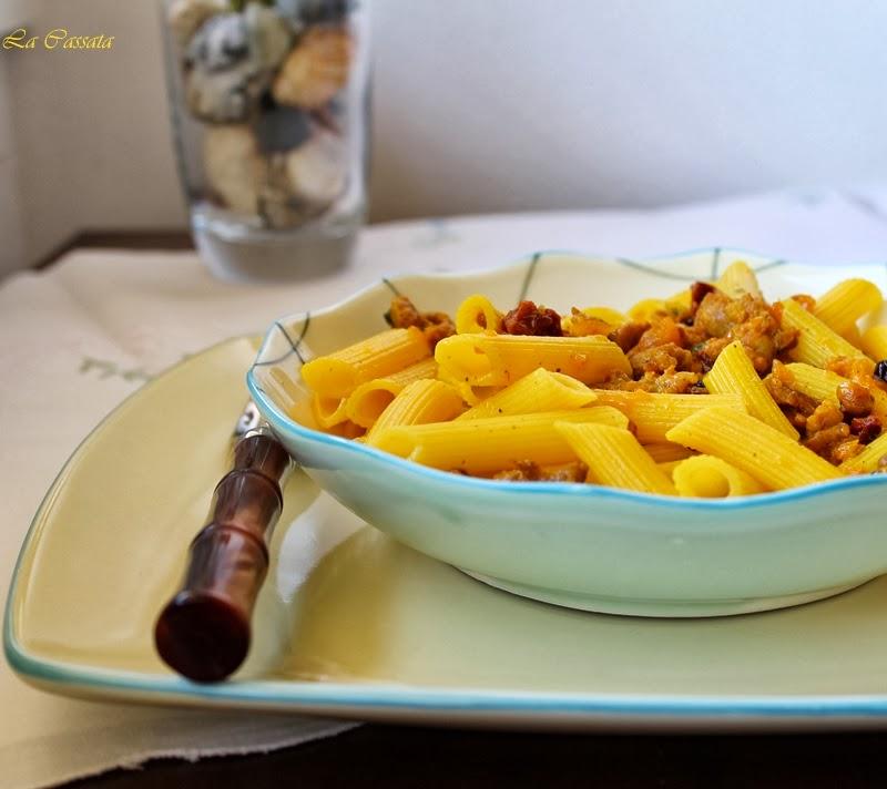 Penne con salsiccia e zafferano - La Cassata Celiaca