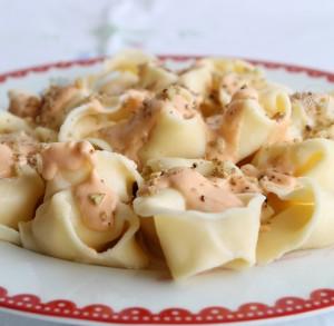 Tortelloni avec robiola et speck aux 4 fromages sans gluten - La Cassata Celiaca