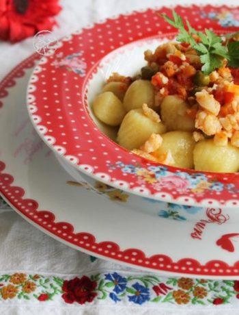 Gnocchis de pommes de terre avec râgoût de poisson- La Cassata Celiaca