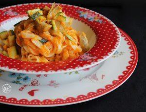 Tagliatelle con crema di zucca, zucchine e carciofini - La Cassata Celiaca