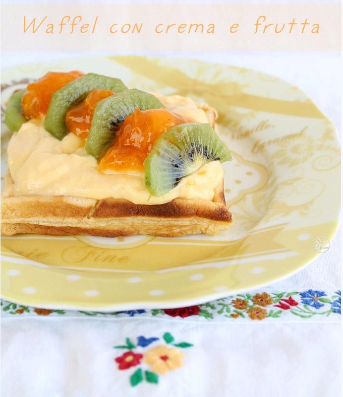 Waffels avec crème et fruits, sans gluten ni sucre - La Cassata Celiaca