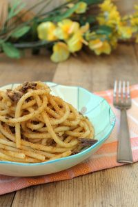 Bucatini c'a muddica atturrata (senza glutine) - La Cassata Celiaca