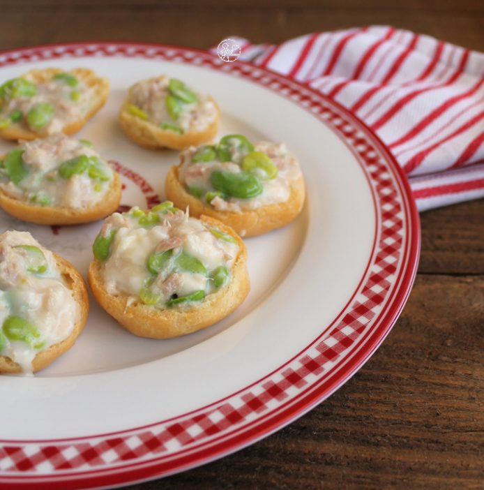 Choux fourrés au fromage, thon et fèves sans gluten - La Cassata Celiaca