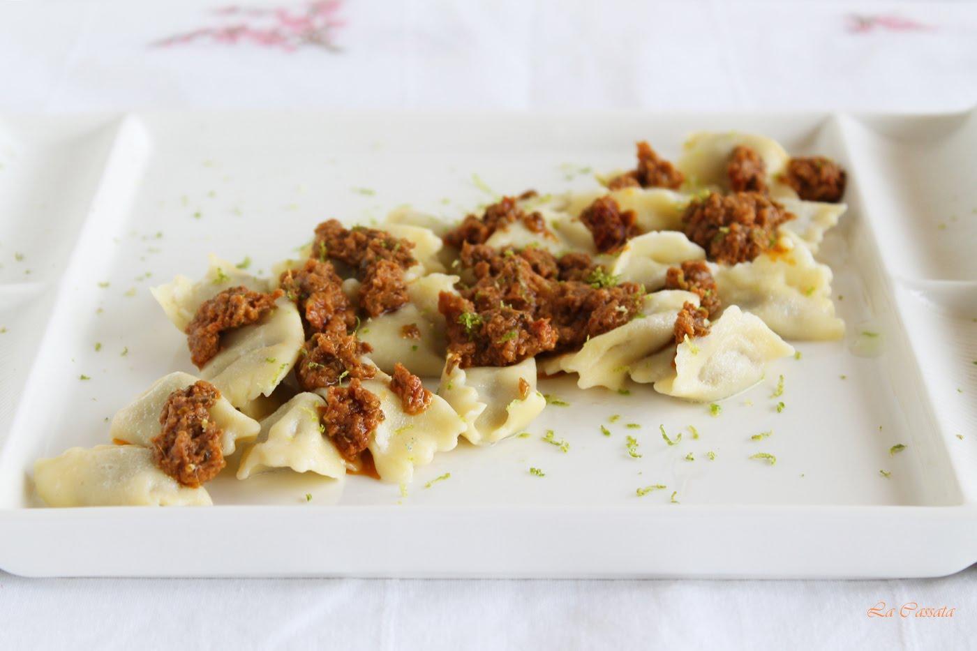 Raviole del plin avec aubergines et fromage aux pistaches sans gluten - La Cassata Celiaca