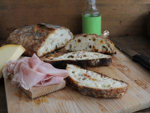 Pane con semi e bacche di goji senza glutine - La Cassata Celiaca