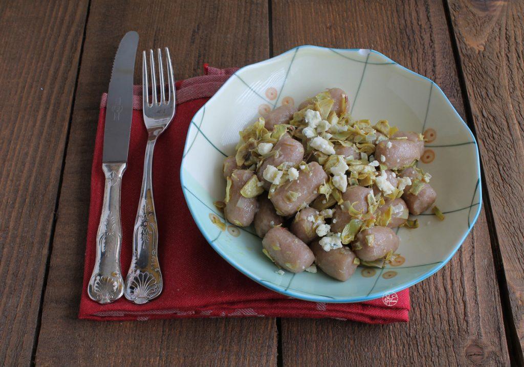 Gnocchi di patate e castagne con carciofi senza glutine - La Cassata Celiaca