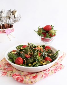 Insalata di fragole, spinaci e amaranto - La Cassata Celiaca