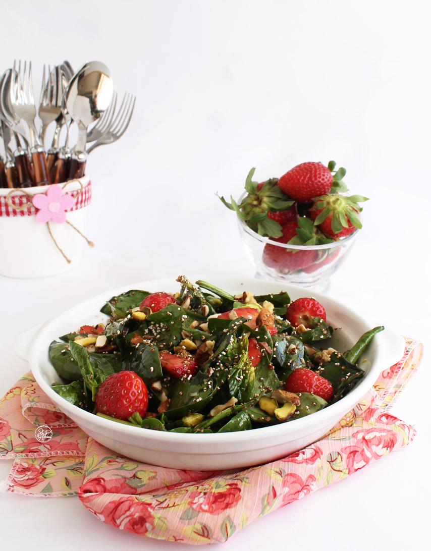 Salade de fraises, épinards et amarante - La Cassata