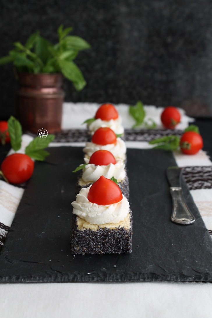 Appetizer con crema di formaggio, pomodorini e menta - La Cassata Celiaca