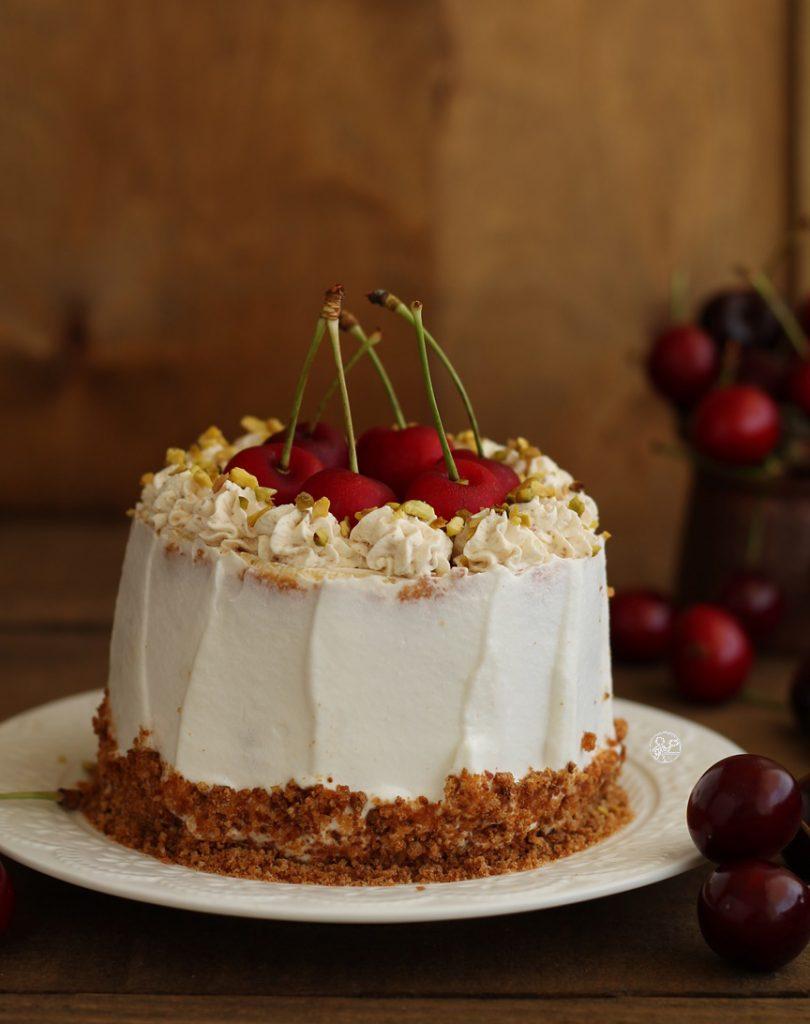 Gâteau avec amaretti et cerises sans gluten - La Cassata Celiaca