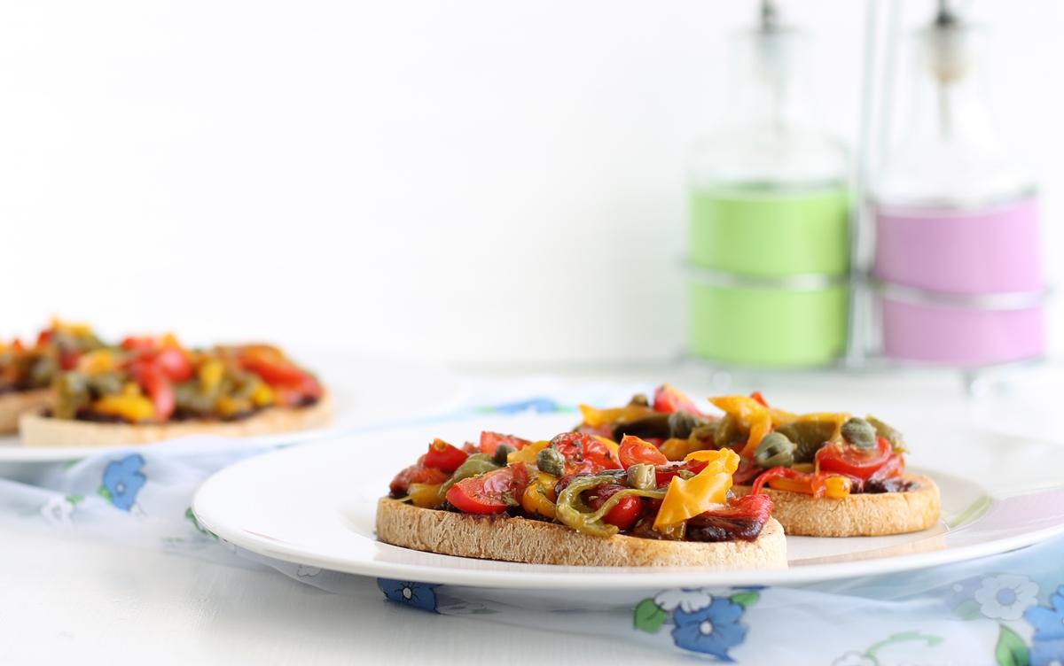 Bruschetta ai peperoni senza glutine e senza lattosio - La Cassata Celiaca