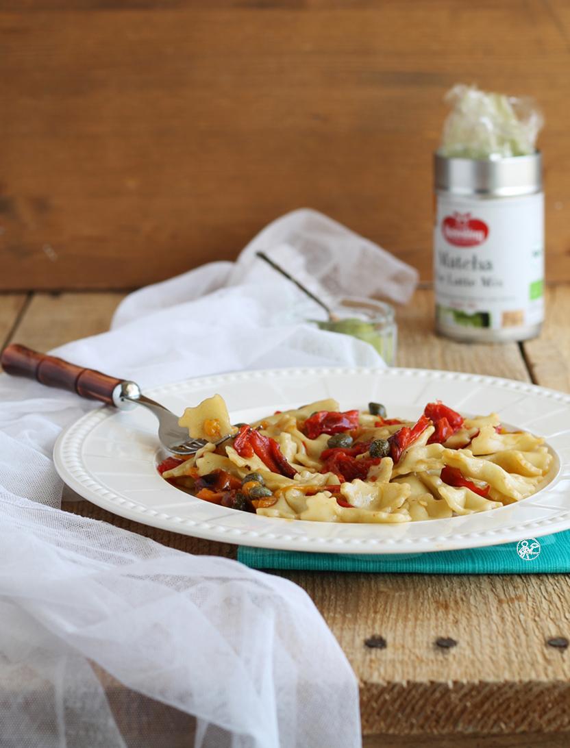 Pasta fresca al matcha con peperoni, senza glutine e senza lattosio - La Cassata Celiaca