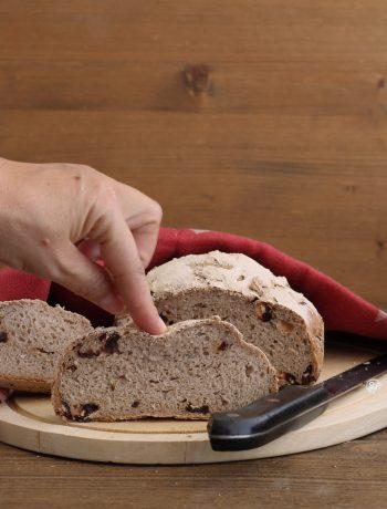 Pane con mirtilli e semi senza glutine - La Cassata Celiaca