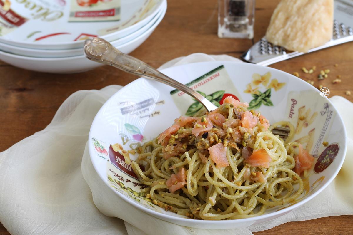 Spaghettis à la crème de pistaches et saumon, sans gluten - La Cassata Celiaca