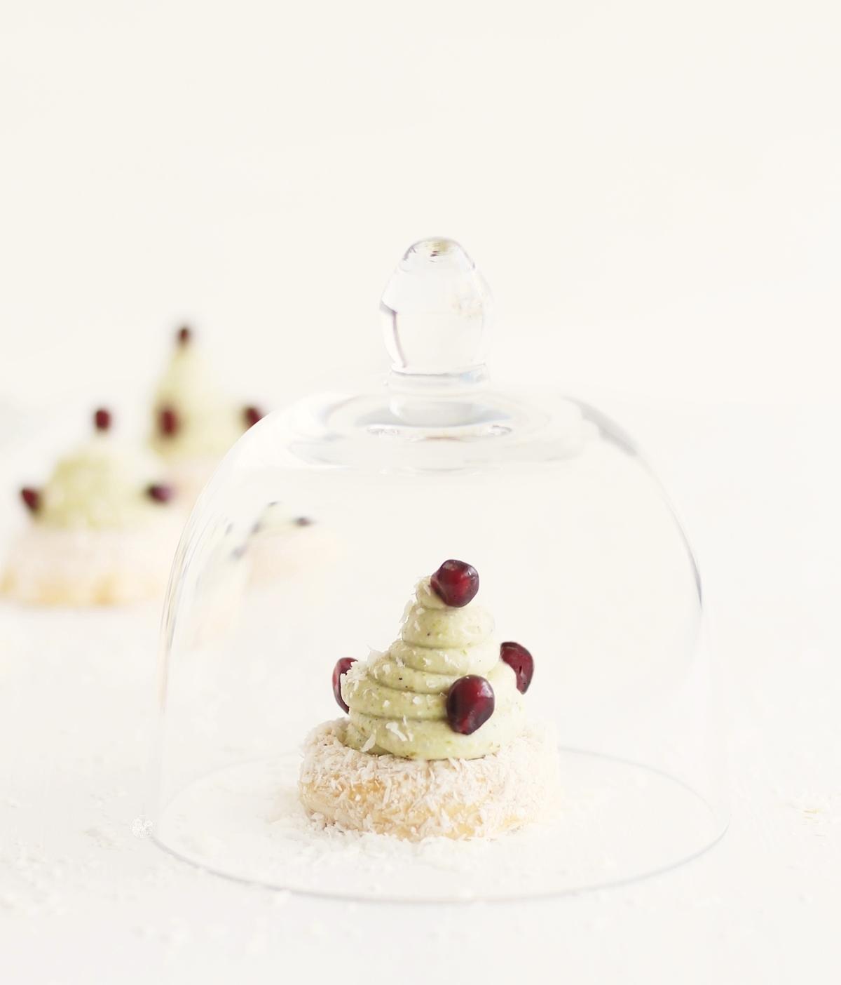 Meringhe cocco-pistacchio senza glutine - La Cassata Celiaca