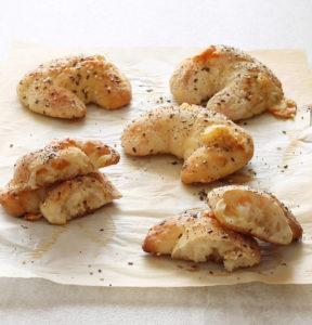 Cornetti di pane al formaggio senza glutine - La Cassata Celiaca