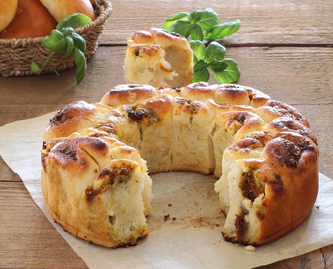Brioche senza glutine con pesto e gorgonzola - La Cassata Celiaca