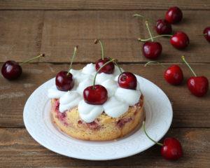 Torta soffice senza glutine alle ciliegie - La Cassata Celiaca