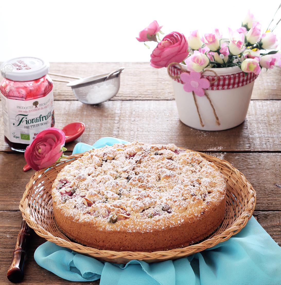 Sbriciolata senza glutine con frutti di bosco e lamponi - La Cassata Celiaca