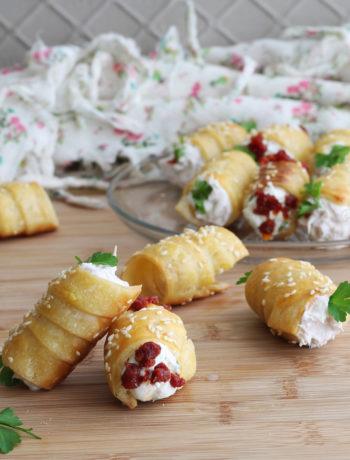 Cannoncini salati di pasta sfoglia senza glutine - La Cassata Celiaca
