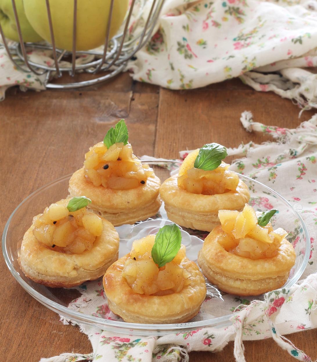 Cestini di pasta sfoglia senza glutine con composta di mele - La Cassata Celiaca