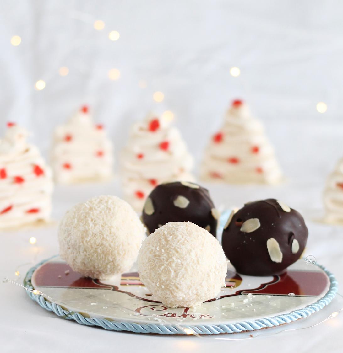 Palle di Natale di meringa senza glutine - La Cassata Celiaca