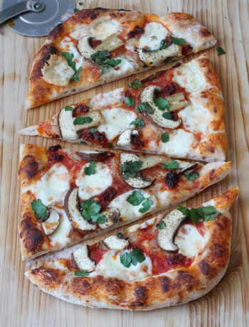 Pizza sans gluten avec nduja et champignons, la vidéo - La Cassata