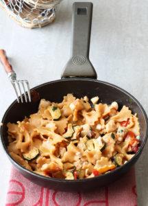 Farfalle senza glutine alla paprika con spigola e zucchine - La Cassata Celiaca
