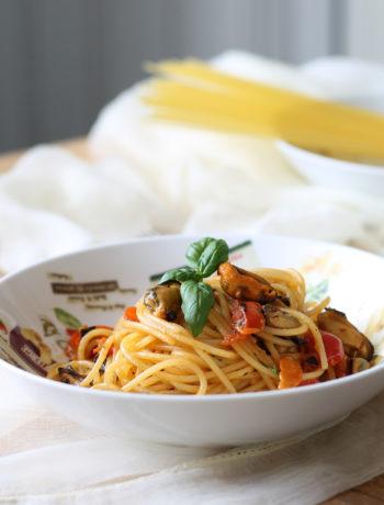 Spaghetti senza glutine con cozze e pomodorini - La Cassata Celiaca