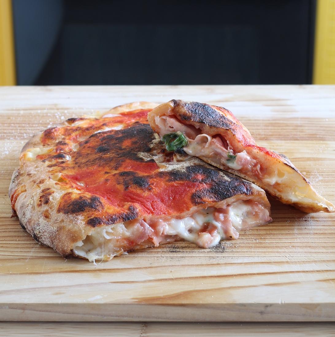 Calzone senza glutine con bordi ripieni, il video - La Cassata Celiaca
