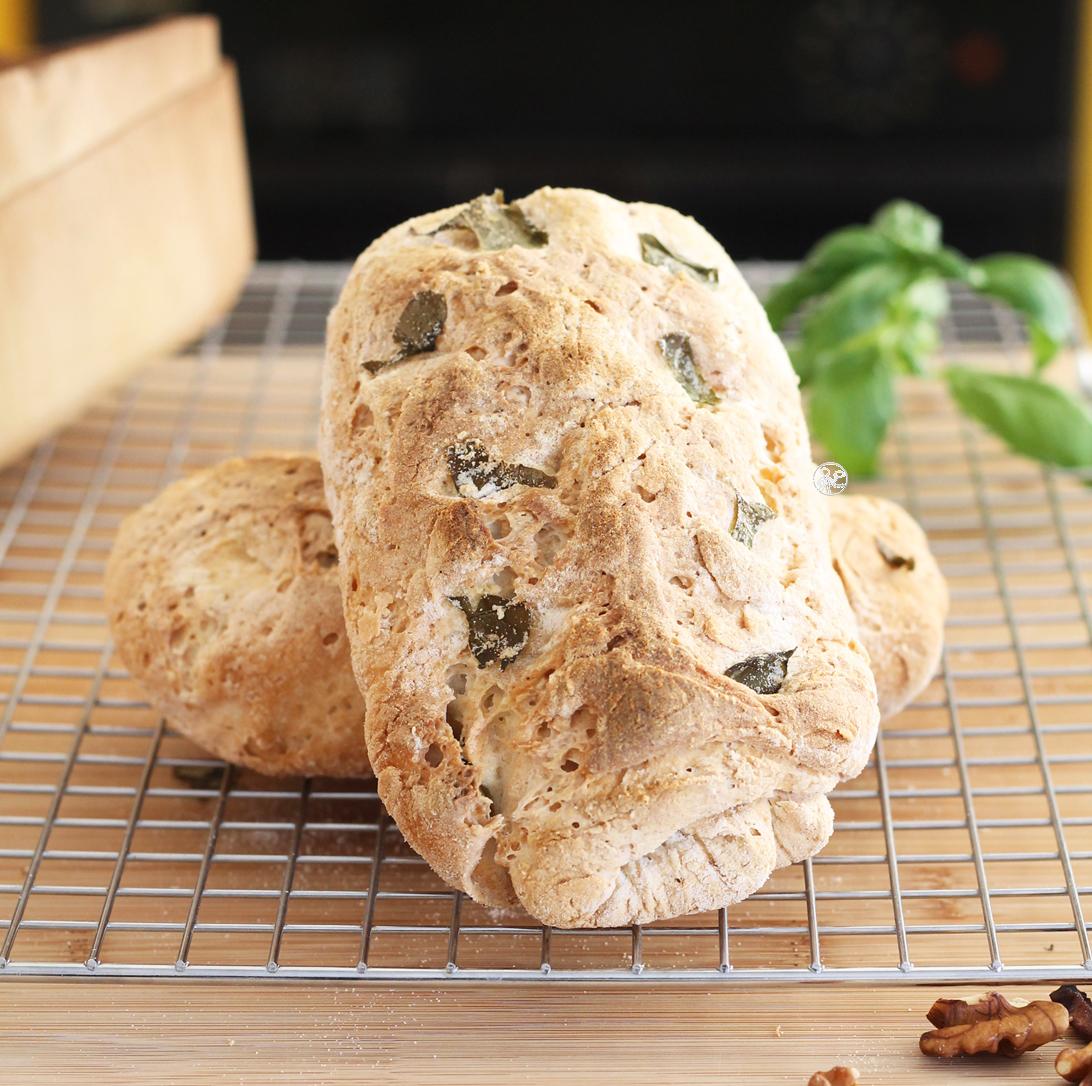 Pane senza glutine alle noci e basilico, la video ricetta - La Cassata Celiaca