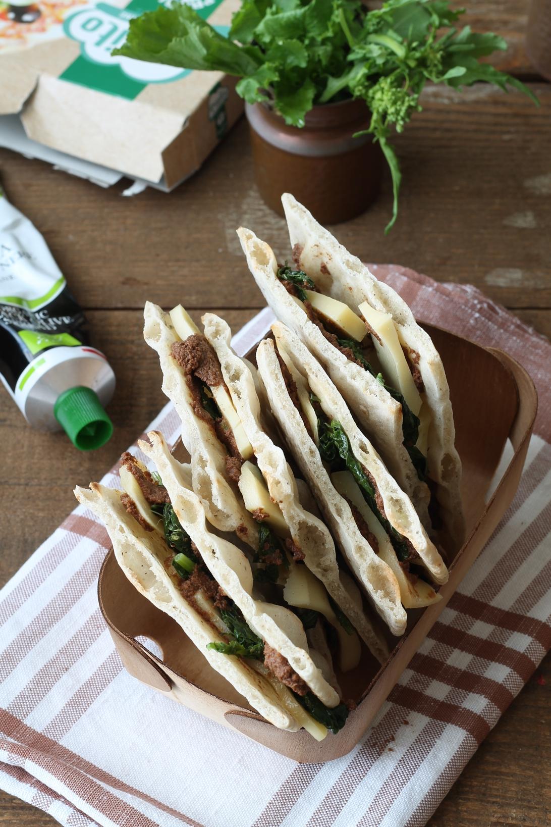 Sandwich di pizza senza glutine con cime di rapa - La Cassata Celiaca
