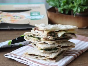 Pizza sans gluten aux fanes de navet - La Cassata Celiaca