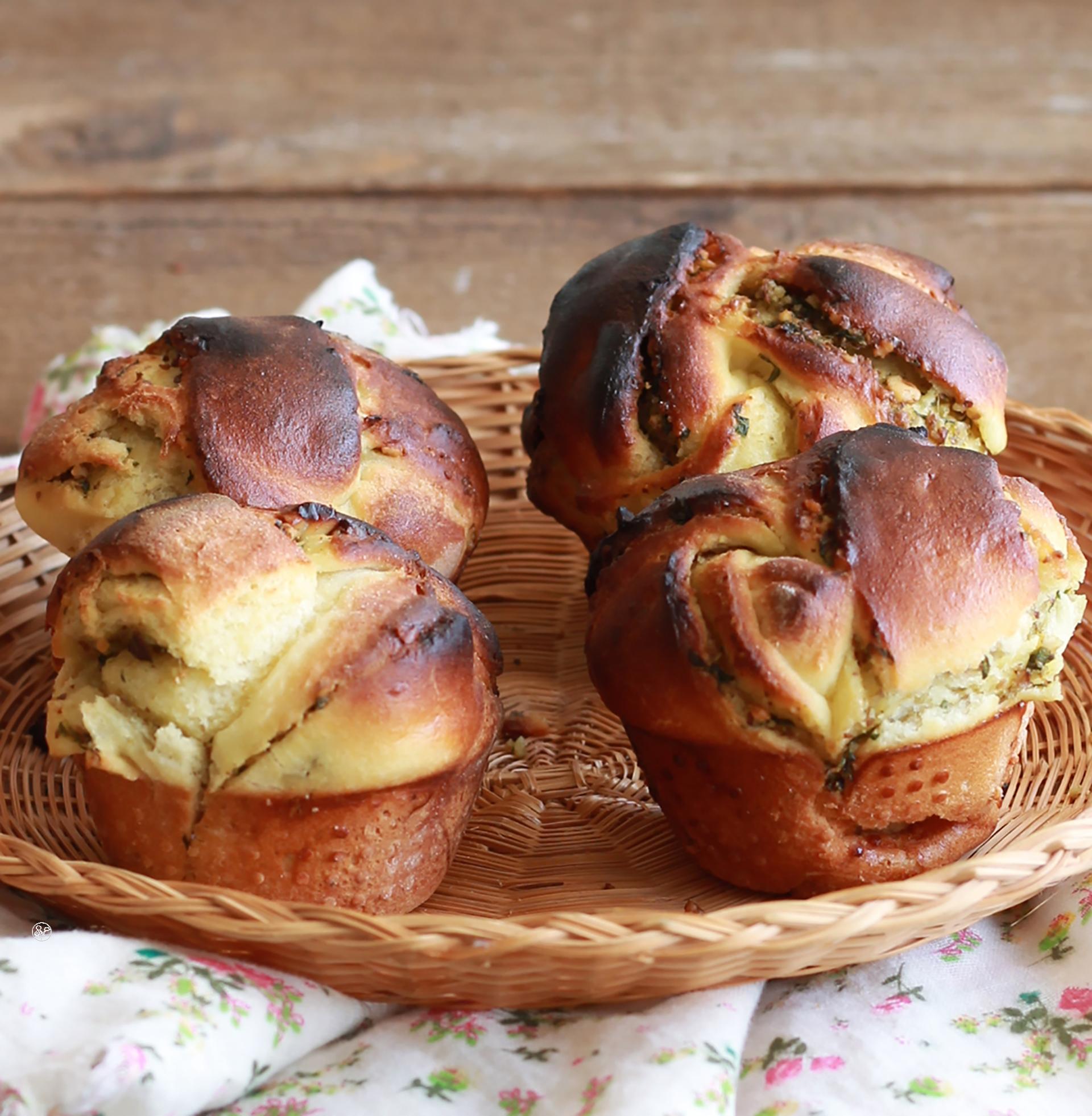 Muffins di brioche senza glutine con noci e basilico - La Cassata Celiaca