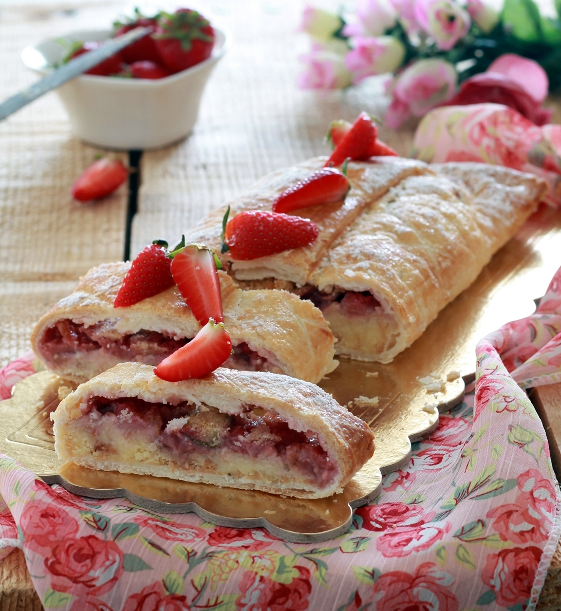 Strudel di fragole senza glutine - La Cassata Celiaca