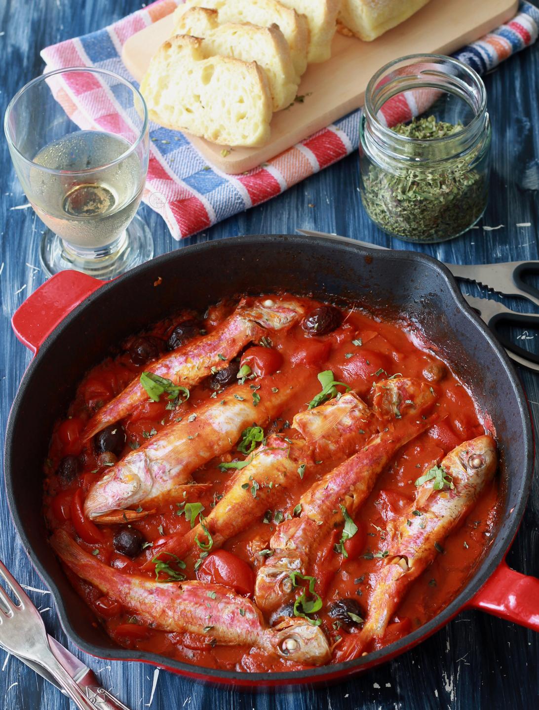 Triglie alla livornese con olive e capperi - La Cassata Celiaca