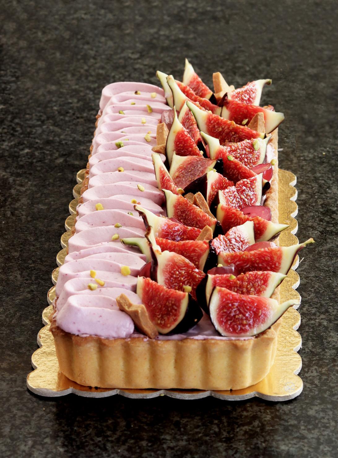Crostata frangipane con fichi e uva senza glutine - La Cassata Celiaca